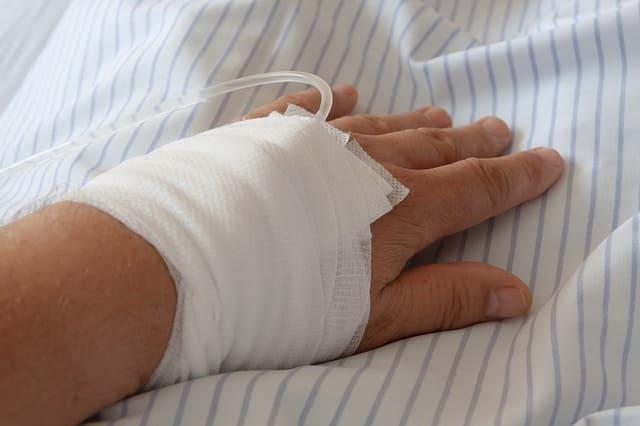 Порезы, виды порезов и первая помощь при порезах.